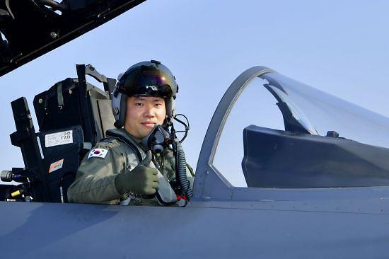 공군 올해의 탑건에 F-15K 조종사 조영재 소령