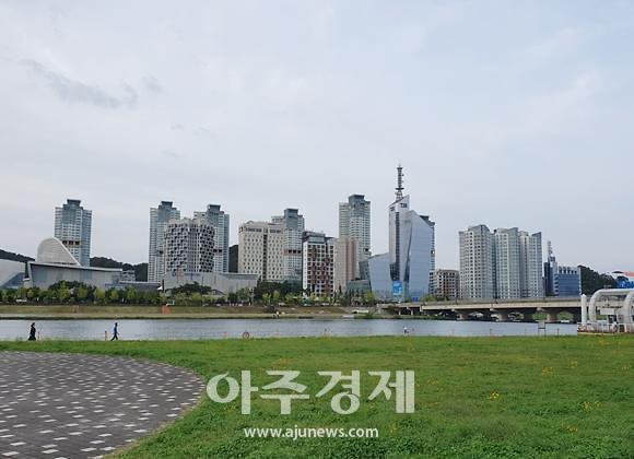 부동산 큰 손 대전으로…외지인 매수량 6년 만에 최고