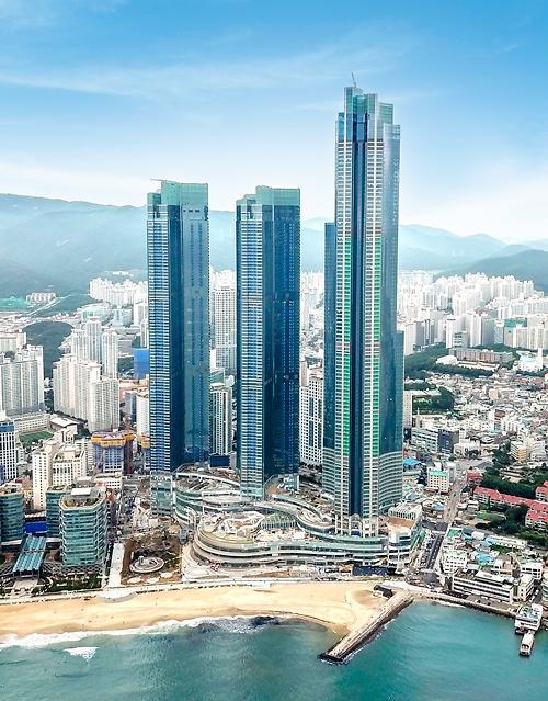 내년 6월 오픈 앞둔 부산 해운대 엘시티, 지역민들 관심 증폭
