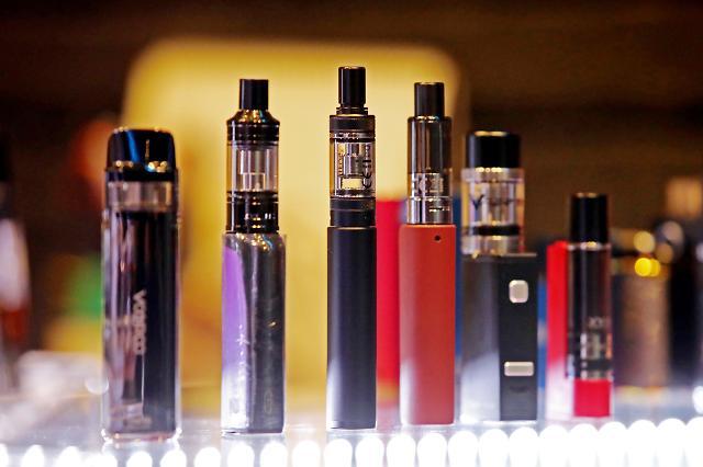 국내 시판 액상형 전자담배서 '중증 폐질환 연관성 의심 물질' 검출