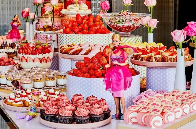 [주말&호텔]올해도 딸기가 좋아~호텔가, 딸기 뷔페 경쟁