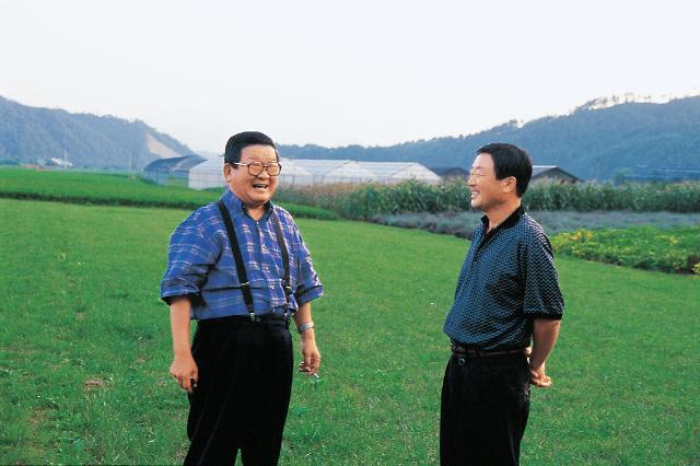 """LG """"구자경 명예회장 숙환으로 별세...가족장으로 조용히 치를 것"""""""