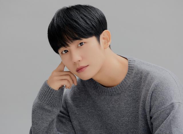 """[인터뷰] 시동 정해인 """"배우도 서비스직…연기, 전부 아냐"""""""