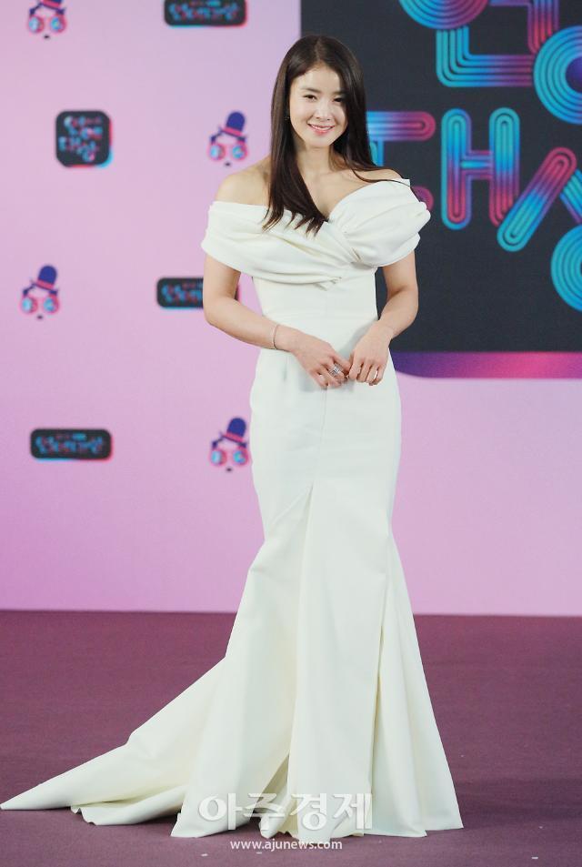 [포토] 이시영, 우아한 드레스 자태 (KBS 연예대상)