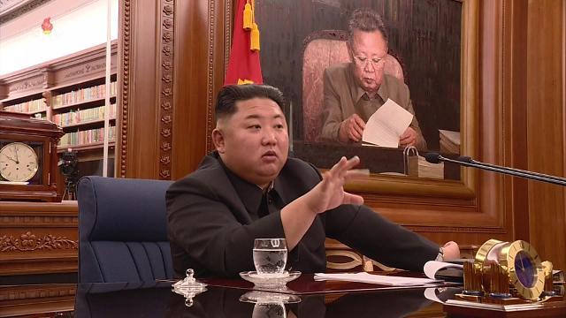 金正恩主持党中央军委会讨论加强自卫力量