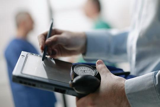 韩明年起上调健康保险费 职场人士每月将多缴20元