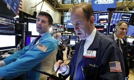[纽约股市收盘]年末接力继续...纳斯达克突破9000点