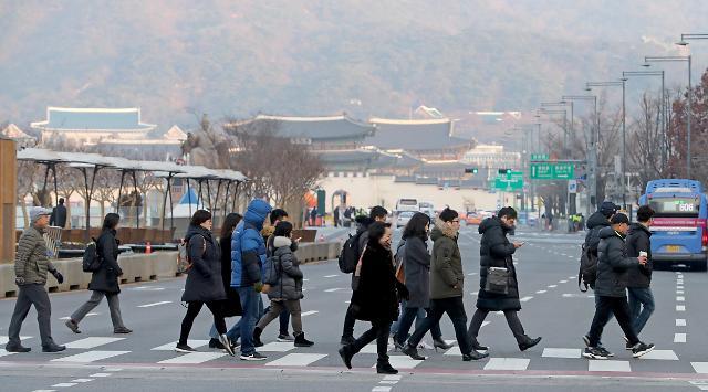 去年韩国劳动者人均收入约22万