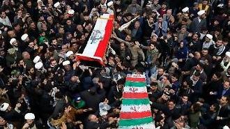 """이란 """"핵 합의 탈퇴""""…미 특수전 병력 추가 배치, 악재만 쌓인다"""