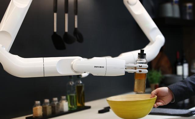[포토] CES 2020 현장, 나는야 요리하는 로봇