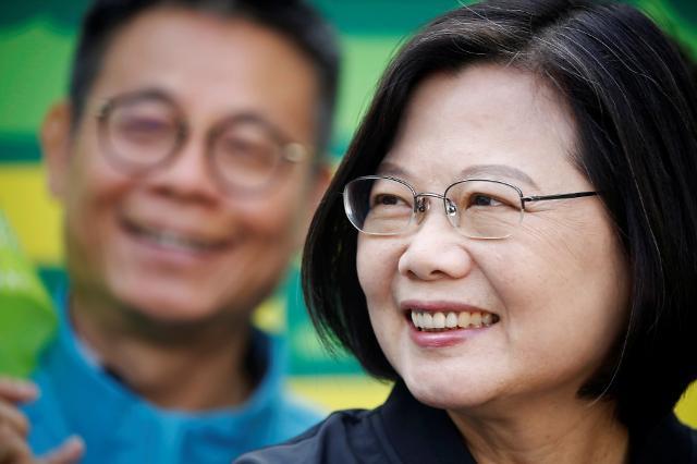 [차이나리포트] 대만 대선 D-2 선거의 여왕 차이잉원 총통 三戰 전술 통했다
