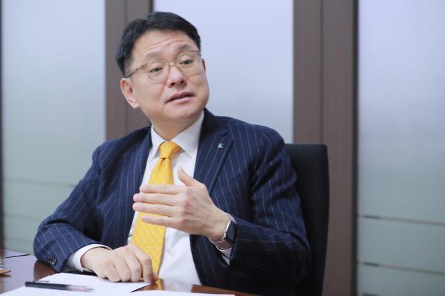 """[아주초대석] 신동걸 CIO """"차별화·협업이 펀드 흥행 비결"""""""