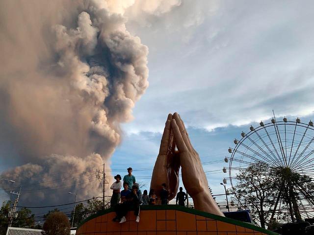 """필리핀 화산 폭발 피해 확산...백두산은 안전할까? """"예의 주시해야"""""""