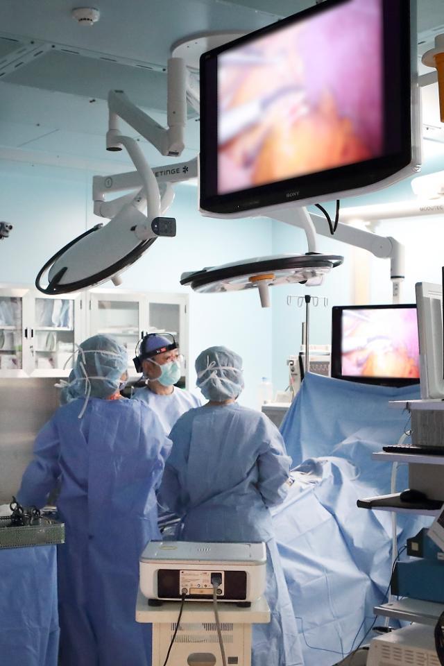 환자 진료기록 창고 열렸다…병원, 데이터3법 통과 반색