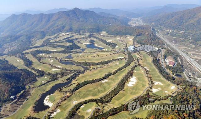 """설 연휴, 34개 골프장 개장…""""명절에도 굳샷"""""""