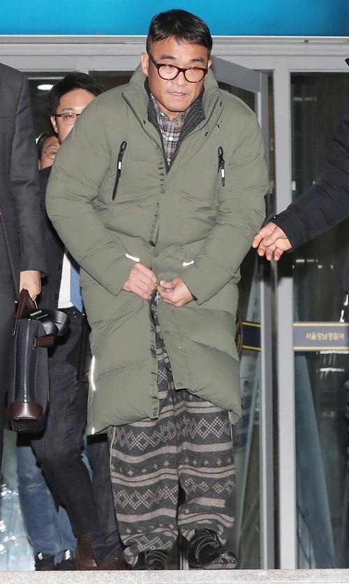 김건모, 기소의견 검찰 송치… 과거 연예인 성폭행 사건 판결 사례는?