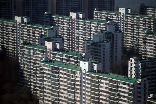 [1월 16일 조간칼럼 핵심요약] 주택매매 허가제라고? 대한민국 헌법이 안중에도 없나