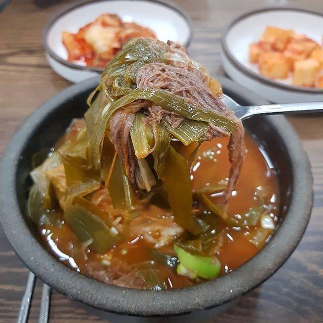 [푸드테크 스캔 백년맛집] ㉙명랑식당… 조선 수라간 상궁에게 전수받은 '육개장'