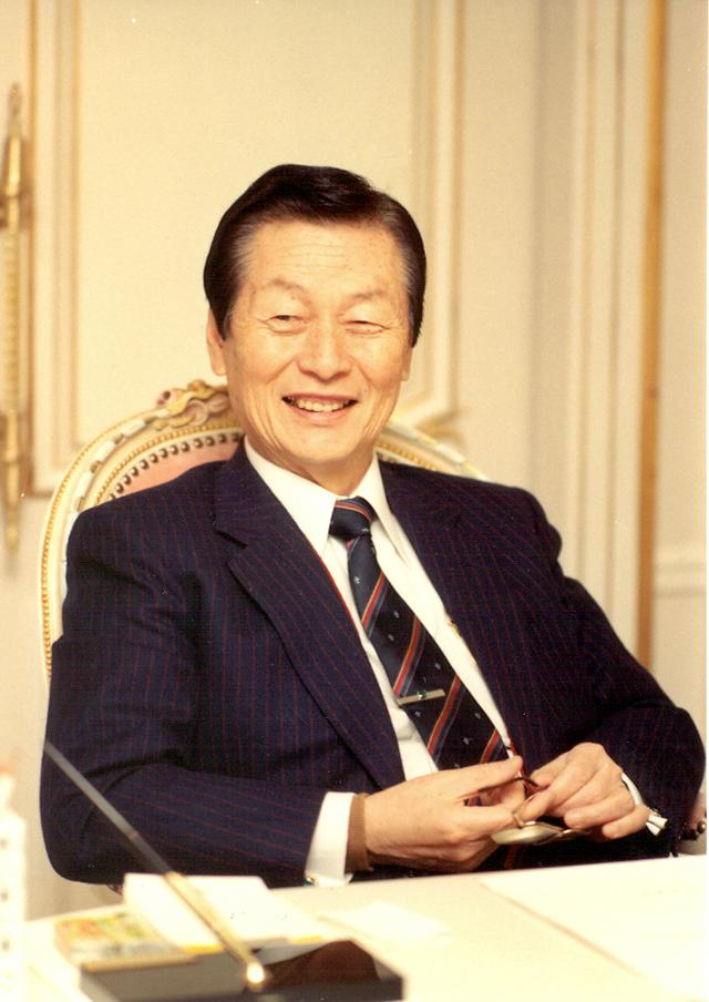 Lotte Group founder Shin Kyuk-ho dies at age 99: Yonhap