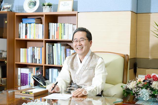 """顺天市市长许锡""""顺天市将发展为亚洲生态文化中心城市"""""""