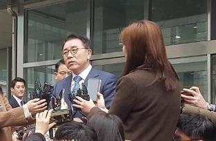 '채용비리' 조용병 신한금융 회장 1심서 집행유예(종합)