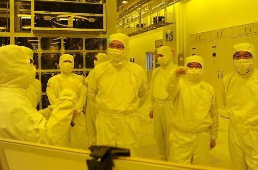 삼성전자 '133조' 투자, 반도체 진검 승부…그 미래는?