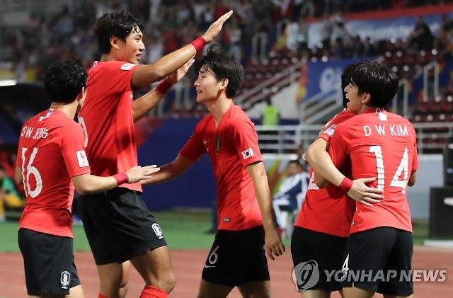 """한국, 호주戰 이동경 추가골 2-0…""""침착한 왼발"""""""