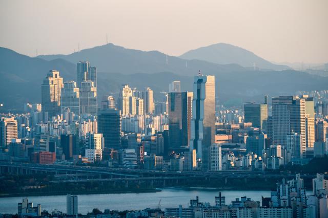 강남 3구 아파트값 7개월만 첫 하락 반전…이제야 12.16대책 약발 받나?
