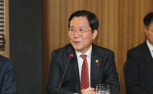 """성윤모 산업장관 """"산유국 정세 불안시 즉각 대응"""""""