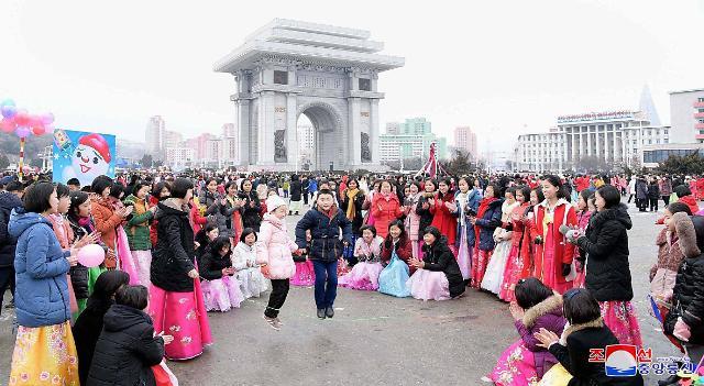韩朝春节习俗同中有异