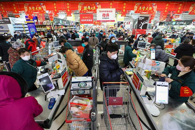 [포토] 통제된 중국 우한시, 흡사 전쟁물자 사재기 하듯