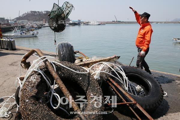 태안군, 해양쓰레기 제로화! '깨끗한 바다 만들기' 총력!