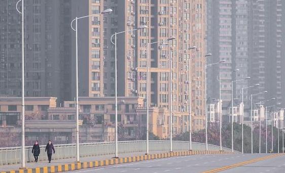 [포토] 인적과 함께 자취 감춘 중국 미세먼지