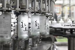 .CJs IT wing partners with local Soju brewery to set up smart factory.