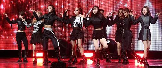 本月少女新专登47国iTunes排行首位