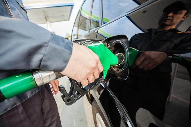 [전국 주유소 기름값] 휘발유 가격 2주 연속 하락세…ℓ당 1563.3원