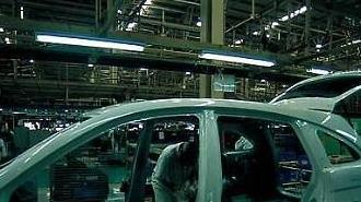 """""""위기의 자동차"""" 여전히 멈춰있는 中 후베이 공장"""