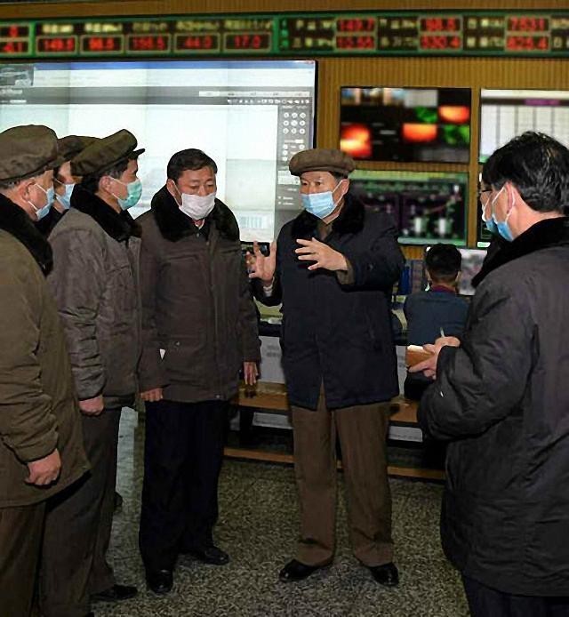 """[코로나19] 북한 확진자 발생설 정부 반응은? """"北 감염자 확인은…"""""""