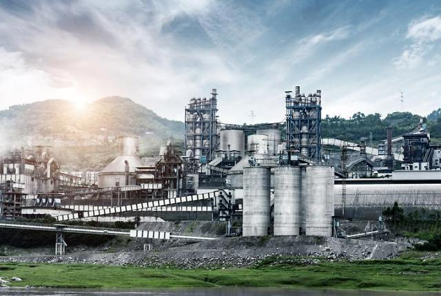 [NNA] 필리핀 아바코아, 합작 시멘트 공장에 10억 페소 투자