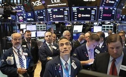 [纽约股市]苹果受新冠疫情冲击...道琼斯·S&P下跌