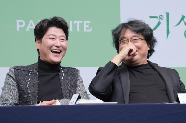 [포토] 송강호-봉준호, 호호 함박웃음 (기생충 기자회견)