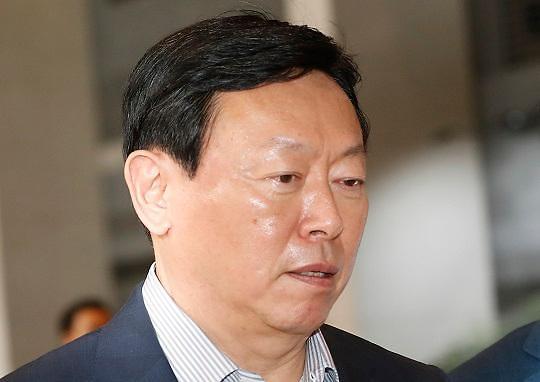 为公司上市做准备 辛东彬辞去乐天酒店代表理事职务