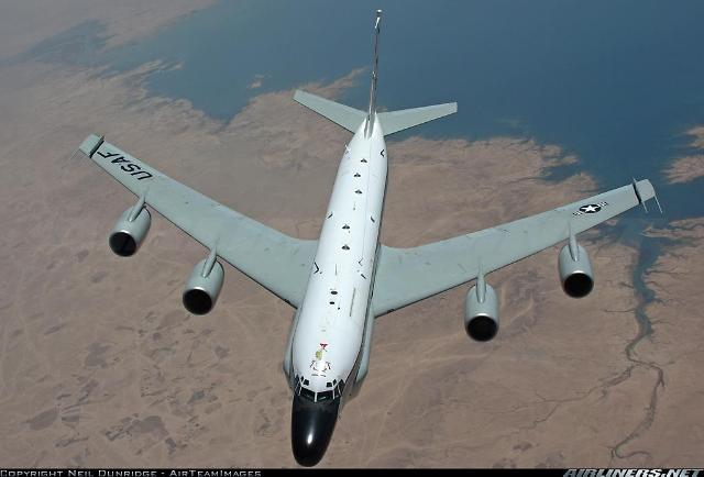 지난달 4차례 비행 미 공군 리벳조인트 재등장