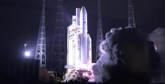 [NNA] 세계 최초 대기오염물질 관측 위성 발사... 천리안 2B호
