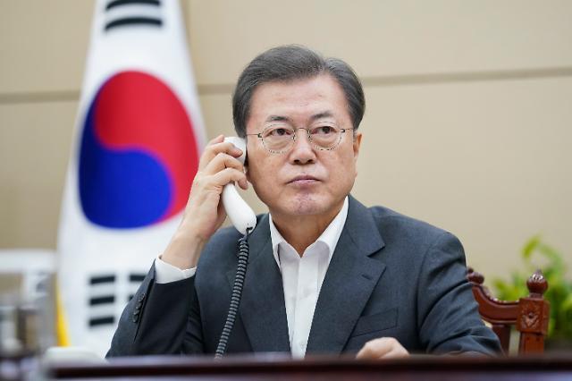 [포토] 문재인 대통령, 시진핑 주석과 코로나19 대응 관련 통화