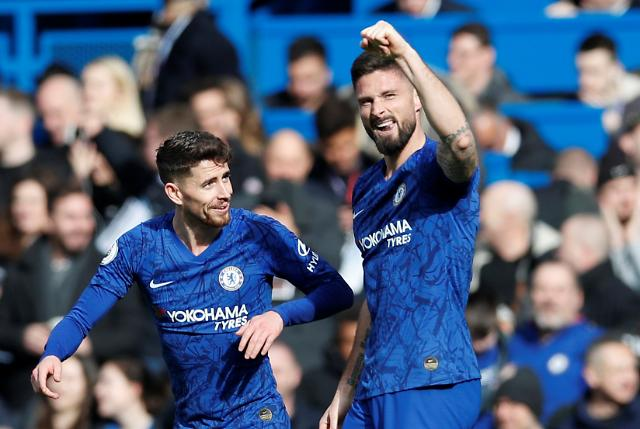 손흥민 없는 토트넘, 첼시 지루에 일격…전반전 0-1