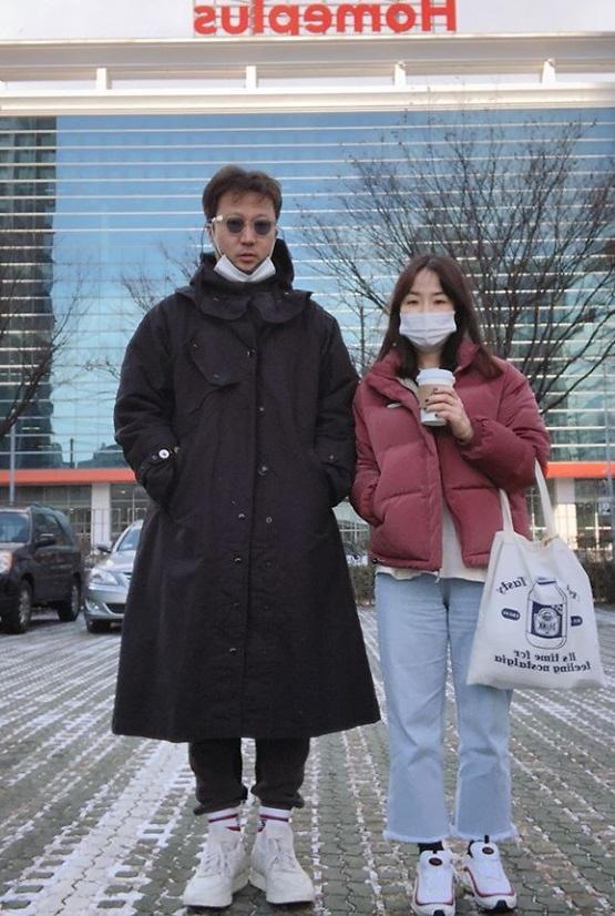 """[#SNS★]월드부부 정형석♥박지윤 """"지각, 다음주 벌칙 예정""""...무슨 일?"""