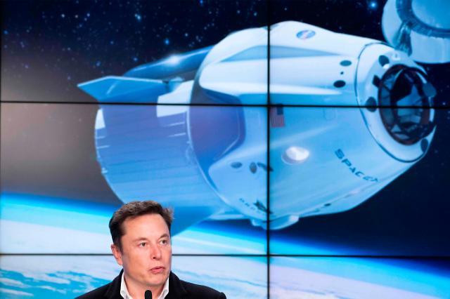우주탐사 기업 스페이스X, 3000억원 기업공개 추진… 기업가치만 43조