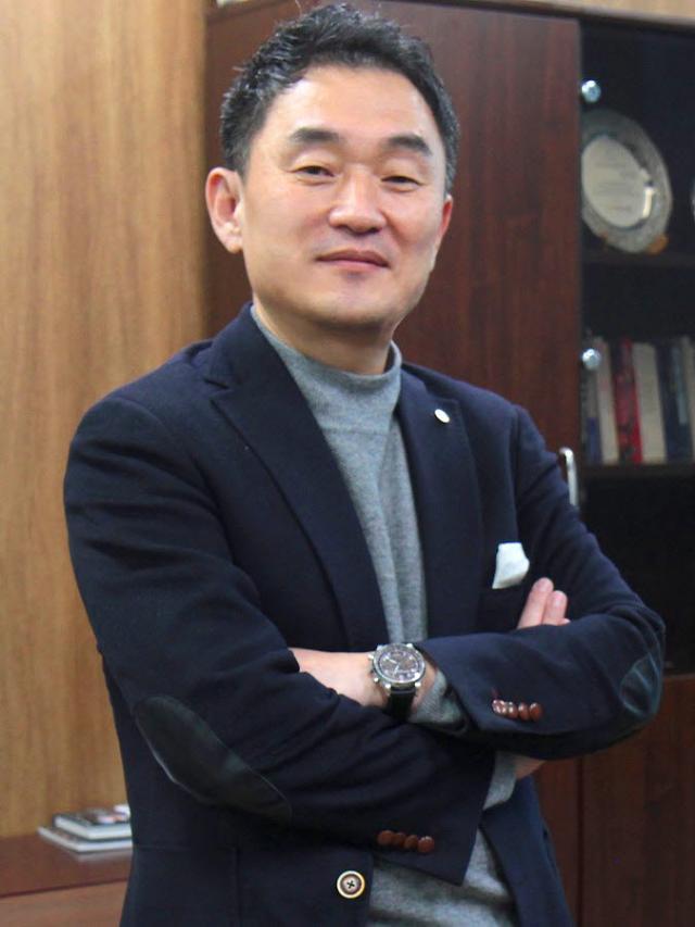 까스텔바작, 대표이사 대행에 권영숭 형지에스콰이아 대표이사 선임