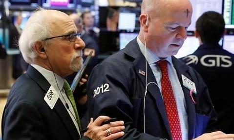 [纽约股市收盘] 新冠疫情影响下 道琼斯有史以来最大跌幅